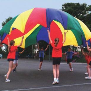 Play Parachutes